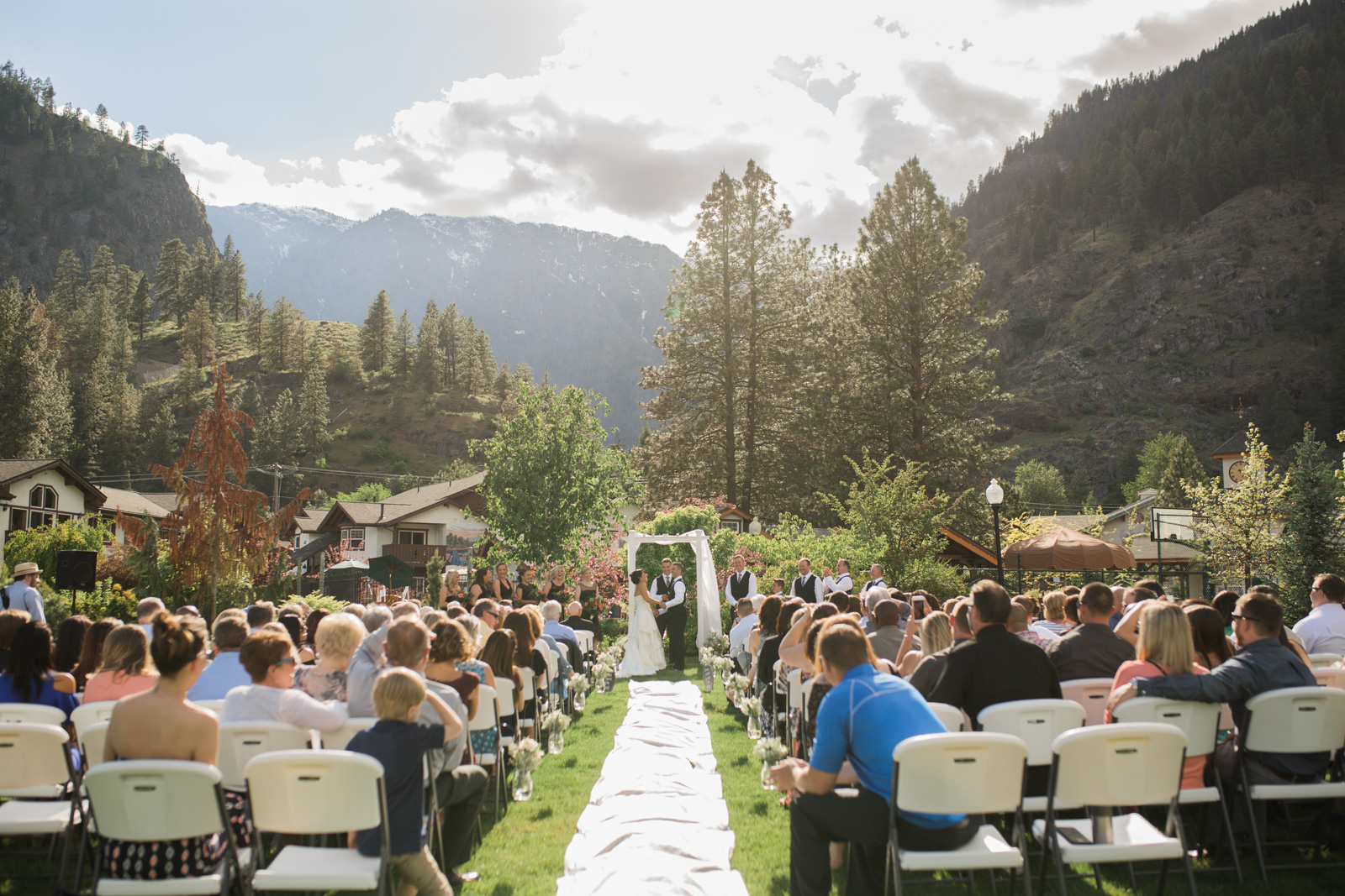 Wedding and Enagement Pricing Slider-4 Leavenworth Wedding Ceremony